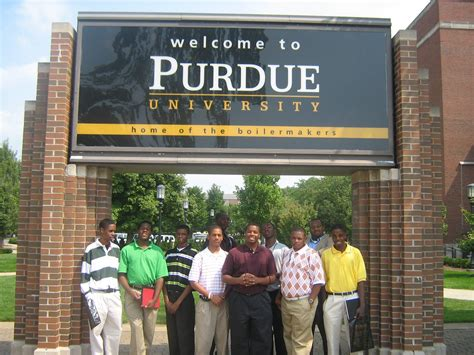 New House Gifts by Purdue University Sued For Being Tight Lipped On Amazon