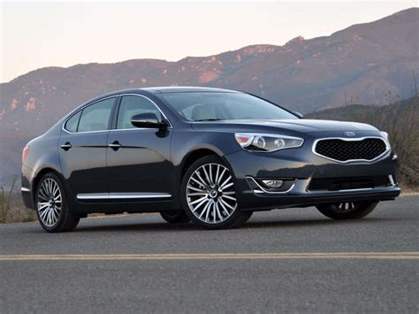 Kia Cadenza Luxury Package 2014 Kia Cadenza Luxury Sedan Road Test And Review