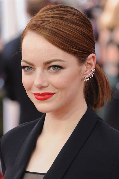 how to get emma stone short hair cutting steps how to style short hair like emma stone harper s bazaar