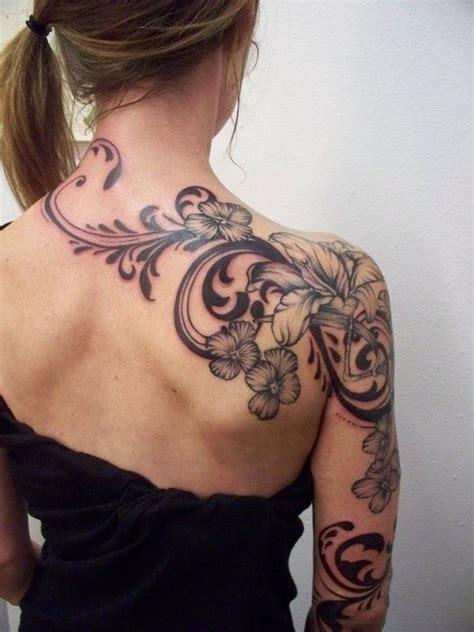 47 graceful egyptian shoulder tattoos beautiful flowers swirls filigree tat on