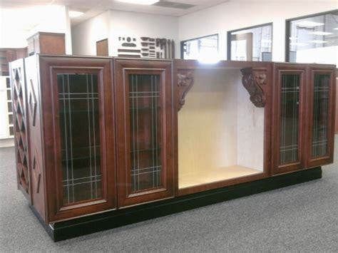 Cer Cabinets by Mahogany Colored Maple Kitchen Cabinets