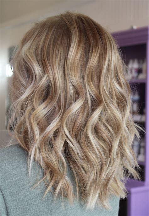carmel and blonde highligh pictures caramel base with honey blonde highlights hairstyles for