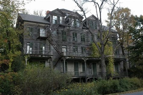 The Walloomsac Inn Vermont Abandoned Places Pinterest