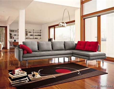 piedi per divani divano moderno con piedini in metallo diotti a f