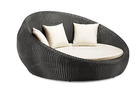 Outdoor Circle Chair by Black White Modern Shape Outdoor Bed