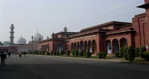 Aligarh Muslim Mba Ranking by Amu Expels Student For Anti National Comment Uri