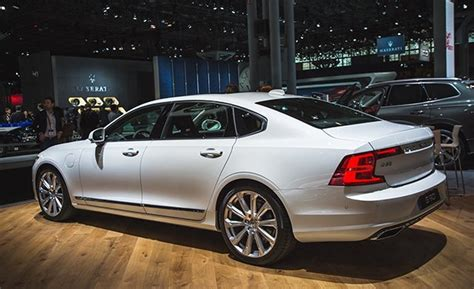 volvo s90 2018 review 2018 volvo s90 stretches out news car and driver