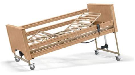 letto disabili letto disabili e anziani da degenza elettrico in legno siesta