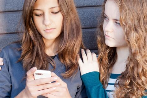 anonymous gossip sites anonymous gossip app drives yet another girl away from