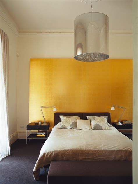 gold walls bedroom gold accent wall home design ideas pictures remodel and