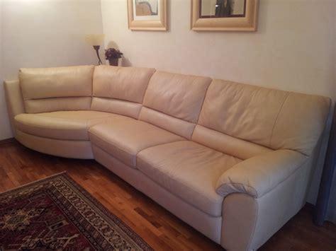 divano letto in pelle usato divani in pelle usati idee di design per la casa