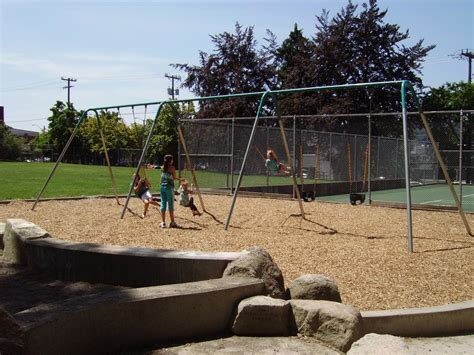 swing seattle rogers playground parks seattle gov
