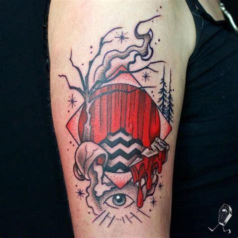 twin peaks tattoos 25 best ideas about peaks on