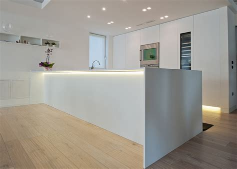 cucine in corian cucine in corian cool oak and corian kitchen todeschini