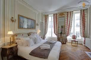 Ile saint louis luxury apartments with views on seine river