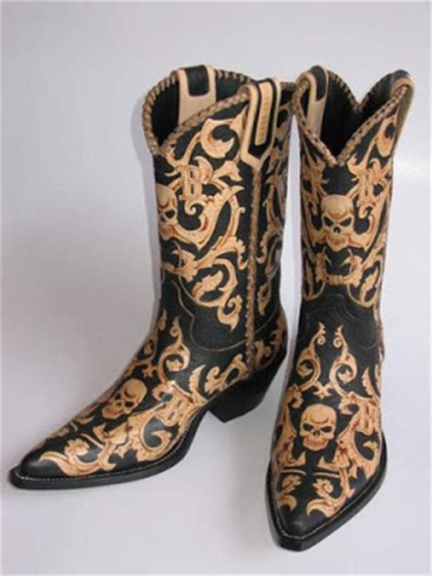Sepatu Boots Tegep laser cutting laser engraving cutting sticker print on material reklame indonesia these