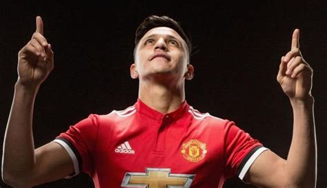 alexis sanchez to manchester united top player alexis sanchez in manchester united s fa cup
