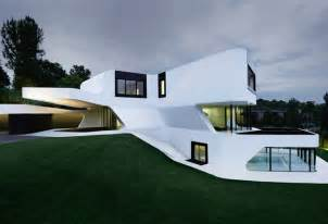 future homes dupli casa klein bottle house design