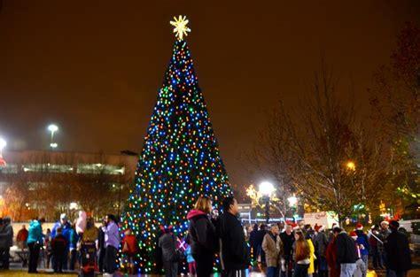 tree lighting in greensboro nc as greensboro lights up the sky greensboro