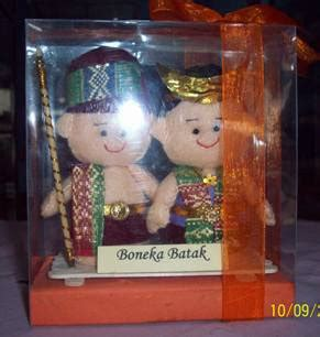 Kaos Request Tulisan Marga Batak souvenir khas daerah boneka souvenir daerah batak