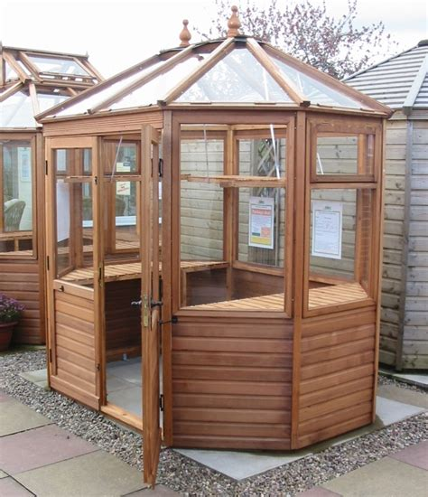 Gardenaction Co Uk Seleceting The Correct Shape Of Small Home Greenhouse Plans