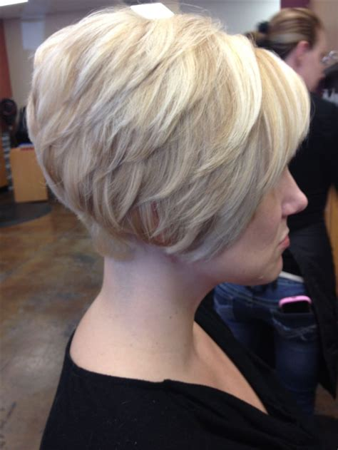 short platinum blonde with low lights short tapered bob platinum base with golden blonde