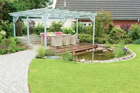 terrasse teich gartenerweiterung mit einer 252 berdachte terrasse am teich