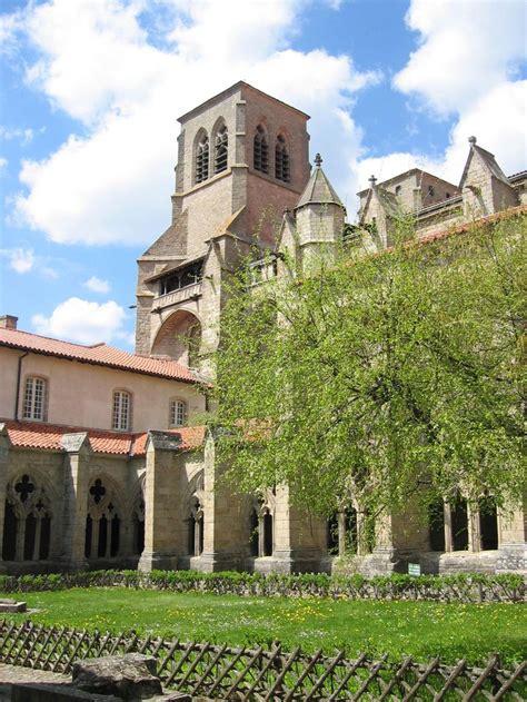 Abbaye De La Chaise Dieu by Les 25 Meilleures Id 233 Es Concernant B 226 Timents De Bureaux