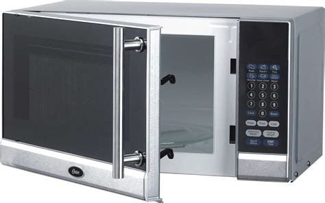 oster ogg3701 0 7 cubic foot digital microwave oven