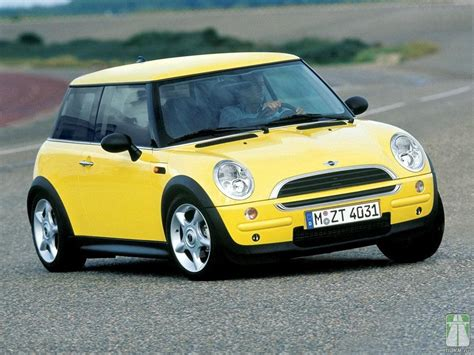 MINI One R50 - specifications, description, photos.