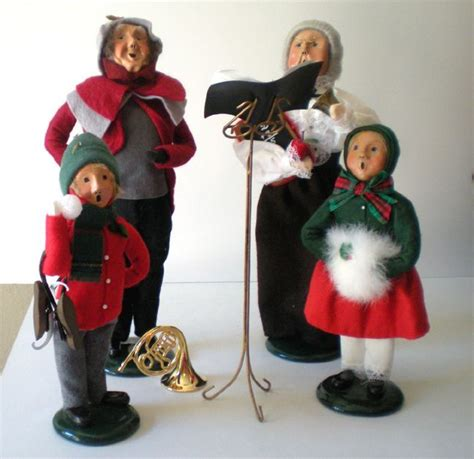4 byers choice christmas figurines quot the carolers quot from