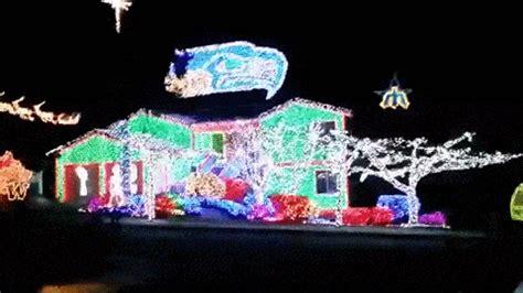 wow homeowner     seahawks themed christmas lights display video  fox news