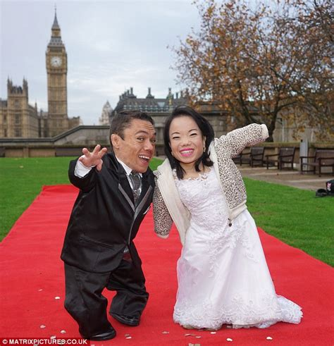 20 Shortest Marriages by A Big Day For A Small Pair Newlyweds Set The World Record