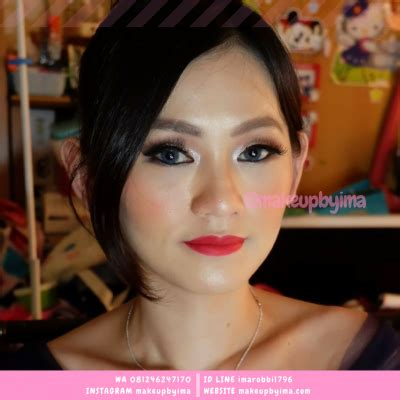 Jasa Makeup jasa make up wisuda jakarta utara makeup by ima wa 0812 4624 7170 jasa make up artist