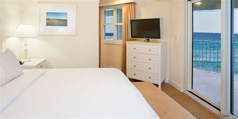 2 bedroom suites in pensacola fl two bedroom corner hotel suite hilton pensacola beach fl