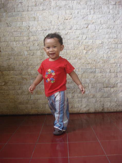 Celana Panjang Anak Laki Laki Bawahan Biru Garis Cool Baby 9 12 Bln membuat pola dan celana panjang batita anak di bawah 3