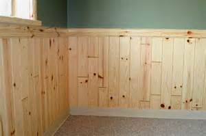 Knotty Pine Wainscoting Egular 1x4 Pine Paneling Wainscoting W 2x4 Colonial Chair