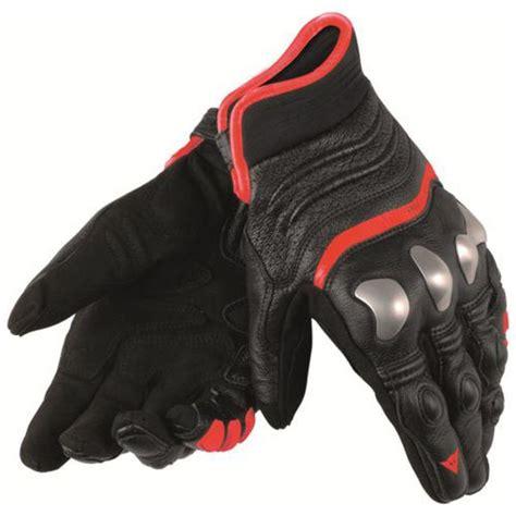 dainese  strike motosiklet eldiveni siyah kirmizi