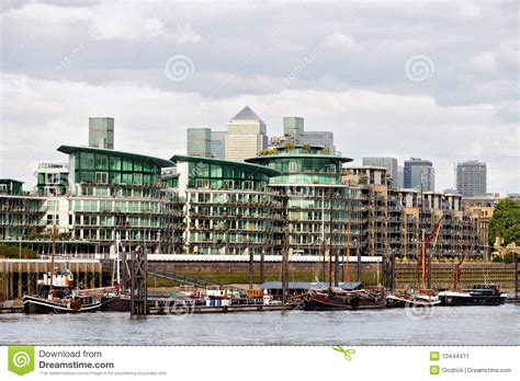 thames river apartments thames riverside apartments wapping london stock image