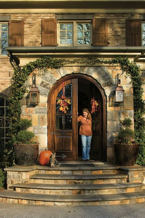 Steps To Front Door 25 Best Ideas About Front Door Steps On Front Steps Front Porch Steps And Front