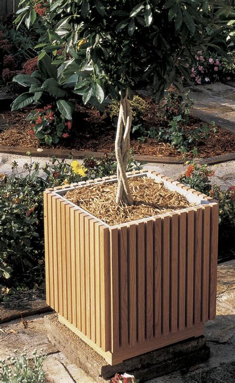 Outdoor Planter Plans by Slat Sided Planter Woodworking Plan From Wood Magazine