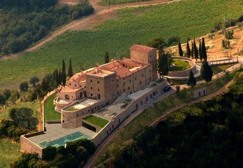 weekend romantico idromassaggio in weekend romantico in toscana in villa con idromassaggio