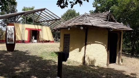 casa etrusca via cava etrusca gradone foto di museo archeologico
