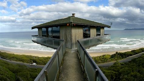 fairhaven house bid founders to save pole house at fairhaven herald sun