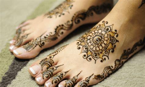 tato henna tangan dan kaki 65 gambar motif henna pengantin tangan dan kaki sederhana