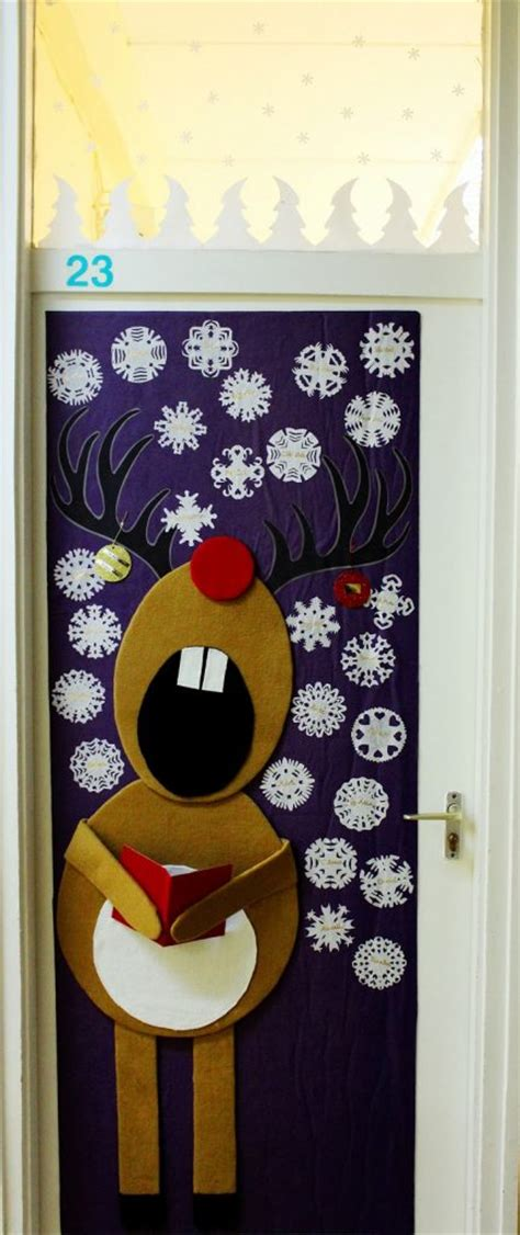 cool christmas door decorations littlepieceofme