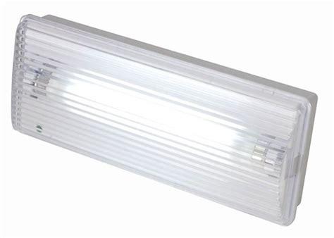 illuminazione d emergenza installare illuminazione di emergenza illuminare