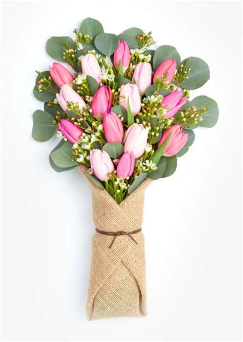 Floral Delivery Service by 7 Chic Floral Delivery Services For S Day