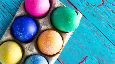 easter egg dye egg dyeing 101 for easter egg greatness stylecaster