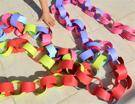 How To Make Paper Chain - a paper chain for the succah creative